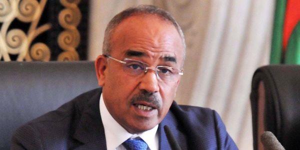رئيس الحكومة الجزائري اويحيى قدم استقالته وبدوي خدا بلاصتو وعمامرة نائب ديالو