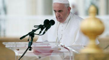 الفاتيكان كيبحث إمكانية ترسيم قساوسة متزوجين