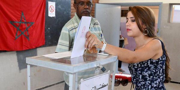 """""""التصويت الإجباري"""".. الناطق الرسمي باسم الحكومة: مكاينش شي حاجة مقررة فهادشي"""