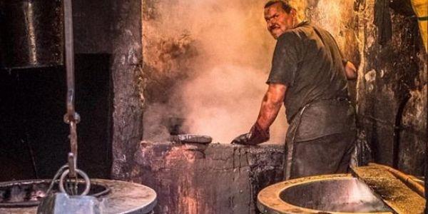 صورة من مراكش كتبين معاناة عامل دات جائزة عالمية في بريطانيا