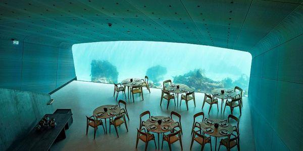 افتتاح أول مطعم أوروبي تحت الما
