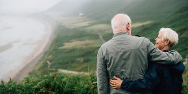 راجل طلب يد مراتو من بعد 63 عام ديال الزواج