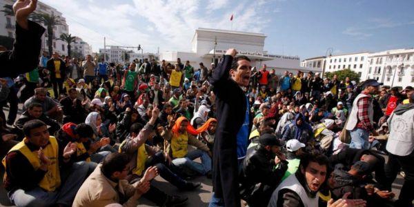 """معهد """"تحليل السياسات العمومية"""": احتجاجات العاطلين غاترجع بقوة للشارع والتجنيد الإجباري تدبير محدود"""