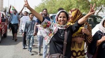 السعودية والامارات شراو السودان باش يقضيو على الثورة. عطاو 3 مليار دولار