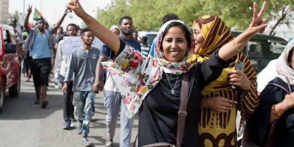 على قبال الاحتجاجات: السودان علقات البطولة