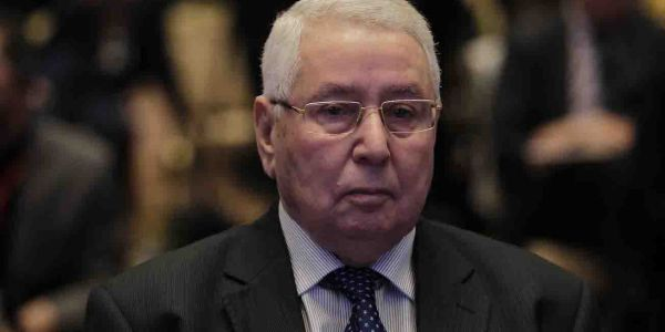 غادي يزيد يشعلها فالجزائر. رئيس مجلس الامة ولى رئيس للجزائر ل90 يوم