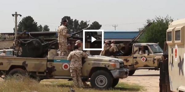 حفتر رجل الامارات وقف الملاحة الجوية فمطار طرابلس ودخل ليبيا فالمجهول وقضى نهائيا على اتفاق الصخيرات