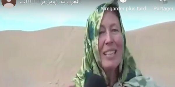 """سائحة أجنبية عجبوها المناظر الطبيعية فالصحرا وقالت بالدارجة """"المغرب زوين بزااااف"""" – فيديو"""