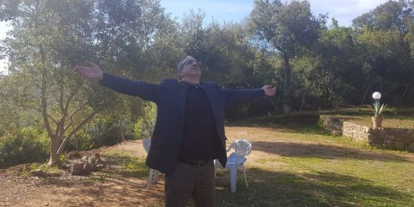 الرباح صطاتو مناظر وزان وكيقلب على الطاقة في الطبيعة بلا يوكَا -صور