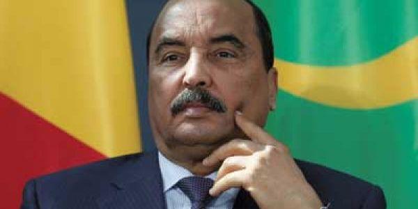 رئيس موريتانيا السابق ولد عبد العزيز دخل للحبس: ولى ملايري ودار ثروة من منصبو