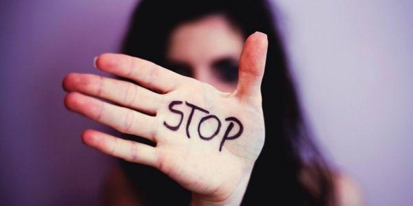 الجمعية المغربية لحقوق الضحايا: كندينو العراقيل اللي كتدار ضد ضحايا الجرائم الجنسية وللتأثير على القضاء