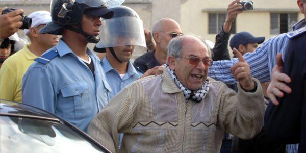 """الـ""""AMDH"""" كطالب بتعديل قانون """"حصانة العسكريين"""" وتمكين البرلمان من مراقبة المخابرات"""