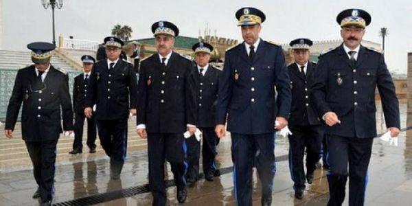 الفرحة عند البوليس…الحموشي صرف منحة مالية استثنائية لأزيد من 70 ألف من موظفي الأمن