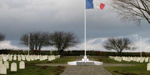 الذكرى الـ 79 لمعركة جومبلو – شاستر: تكريم الجنود المغاربة اللي ماتو في ساحة الشرف