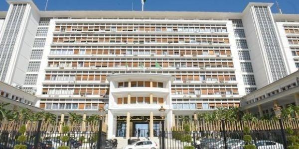 73 رسالة نية للترشح لخلافة بوتفليقة فالجزائر