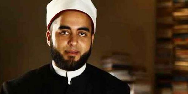 شيخ مصري: الما يقدر يدخل من مؤخرة الصائمين ويفطرهم! -فيديو