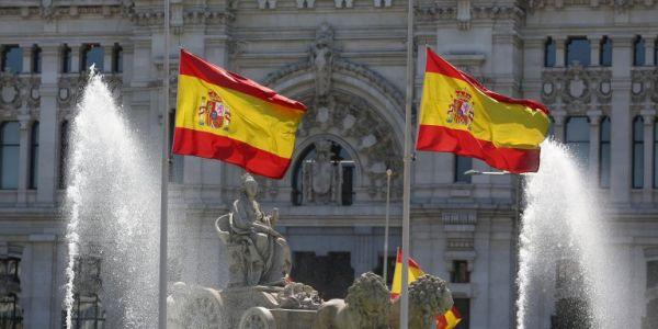 رفض طلب الجنسية الاسبانية لمغربي.. ماعارفش شكون ملك لبلاد وقالهم: أنفرناندو السادس هو ملك اسبانيا! السيد حكم بالفعل اسبانيا ولكن فالقرن 18