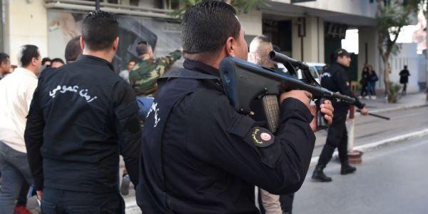 تفجير انتحاري وسط شارع الحبيب بروقيبة ف تونس وهاحصيلة الهجوم – فيديو وصور