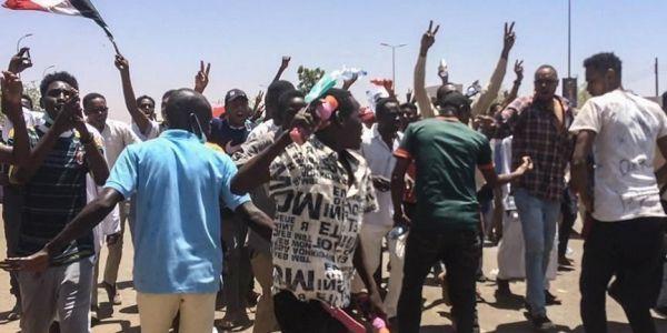 أطباء السودان: ارتفاع قتلى احتجاجات اليوم الحد لـ4