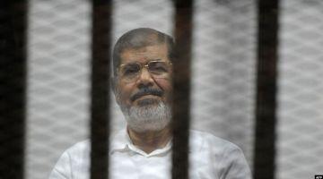 تقرير بريطاني صدر ف ابريل الفايت: ظروف اعتقال مرسي غادي تؤدي لوفاته وهي عبارة عن تعذيب ممنهج