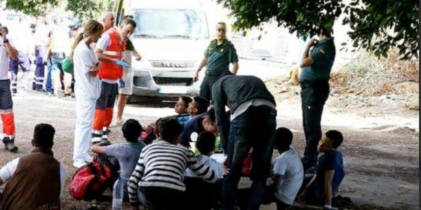 بعد وفاة خمسة. قارب ديال الحراكة وصل تيتيريفي جاي من الداخلة وفيه 15 قاصر