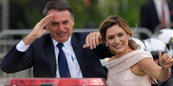 وعالام هاد رئيس البرازيل اليميني شوفو كيفاش حتاقر فرانسا. خلى وزير خارجيتها كيتسنى ومشى يحسن شعرو