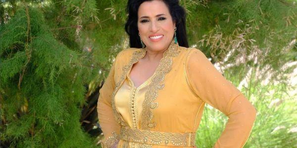 هاي هاي على التفركيس.. الصاك ديال نجاة عتابو منوض حالة بين عشاق لاموض – تصويرة