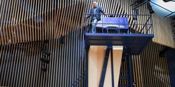 ها فين كاين أكبر بيانو فالعالم وها التفاصيل ديالو –فيديو