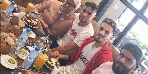النصيري يوسف رجع للمغرب من بعد الإقصاء وداز نيشان لآسفي ومن بعد مشى لفاس -صور