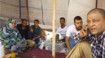 تواصل اعتصام عائلة المختفي قسريا عند الجزائر فمخيمات تندوف