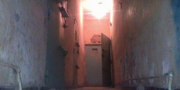بالفيديو. شوفو الوضعية الكارثية ديال حبس الرشيد في مخيمات تندوف