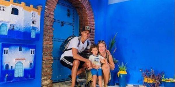 نجم الريال مدريد رافاييل فاران مدوز العطلة مع عائلتو فشفشاون – صور