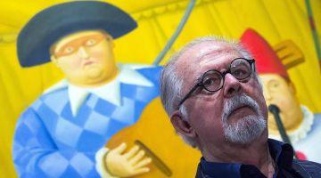 مرحى مرحى بحصان فرناندو بوتيرو السمين في الرباط! كم نحن محظوظون بأن تزورنا المخلوقات البدينة للفنان الكولومبي الشهير