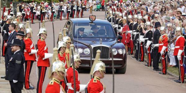 الا كنتو كتحلمو بخدمة فقصر الملكة اليزابيث وبصالير واصل لـ 60 ألف دولار.. ها الفرصة