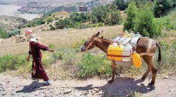 """كورونا وأزمة الماء.. """"سوس منكوبة"""" والماء تقطع على بعض المناطق: واش فشلات استراتيجية الماء 2009/2030؟"""