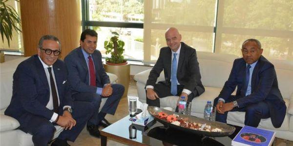 تفاصيل اجتماع جياني إنفانتينو وأحمد أحمد فالقاهرة على الخواض ديال الكاف
