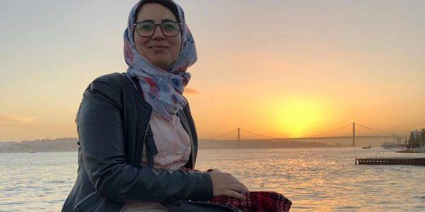 عاجل .صدمة كبيرة: الحكم على الصحافية هاجر الريسوني بالسجن ومن معها. عام ليها ولخطيبها وعامين للطبيب