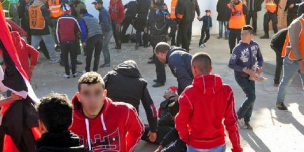 دم مشجع الجيش يتقاذف بين أنصار الوداد والرجاء