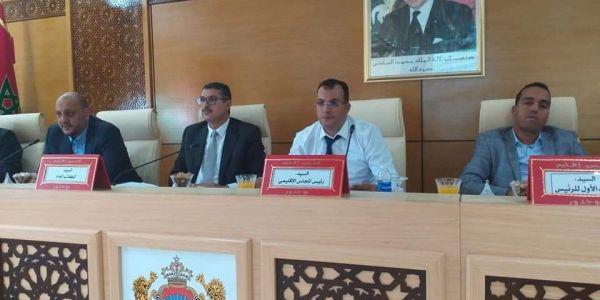 نائب فالمجلس الإقليمي لبوجدور: المغرب كيجي فالرتبة الثانية فالتعليم ورا الإمارات ورواد الفايسبوك بغاو مصدر المعلومة