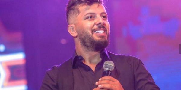 الشهر الجاي.. حاتم عمور غادي يخرج أغنية جديدة – فيديو