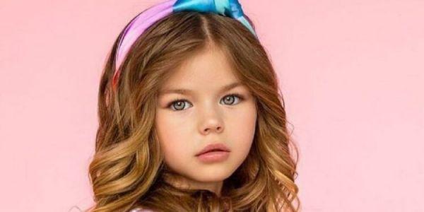 عندها 6 سنين وبدات المانكينا ف 4 سنين.. هادي هي أجمل طفلة فالعالم-تصاور
