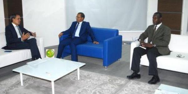 حميد شبار تلاقى وزير التجهيز وانقل الموريتاني على ود معبر الكركرات