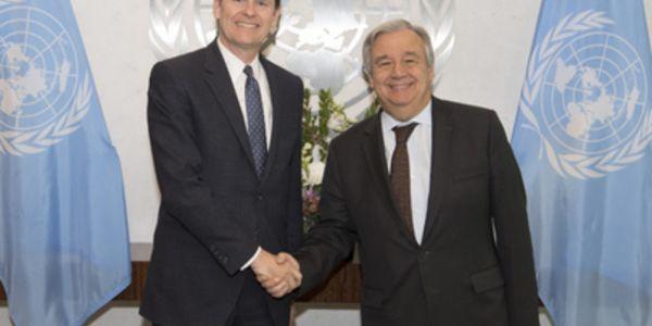 بعد مناقشات مجلس الأمن. كولن ستيوارت رئيس المينورسو رجع للعيون