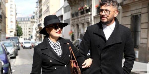 الممثل حاتم عمور ومراتو هند التازي في أول رحلة خارج المغرب بعد مرضها بالكونصير – تصاور