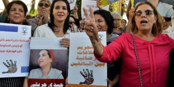 محاكمة هاجر الريسوني.. أزيد من 50 صحفية ف جميع أنحاء العالم: طلقو هاجر بلاصتها ماشي الحبس