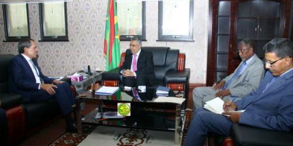 السفير شبار محرك فموريتانيا. تلاقى وزير الإقتصاد وباغيين يعززو الشراكة الإقتصادية