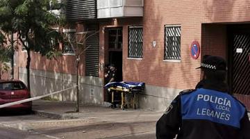 فرقة التدخل الخاص الاسبانية دارت مفاوضات مع مغربي لساعات باش مايقتلش مراتو السابقة بسباب الغيرة