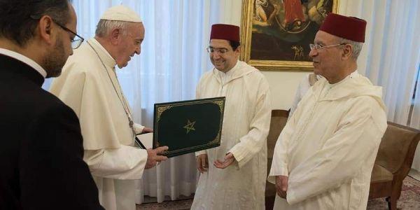 الملك محمد السادس صيفط رسالة للبابا فرنسيس