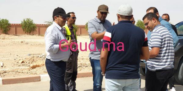 رئيس جهة العيون داير لاليرت على المشاريع بالجماعات القروية
