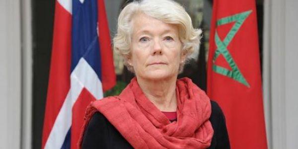هاعلاش كانت سفيرة النرويج سهرانة البارح فمحكمة تا لنص الليل